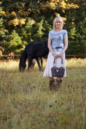 Rustic black cowboy boots made this purse perfect!