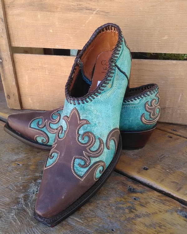 Turquoise shortie cowboy boots